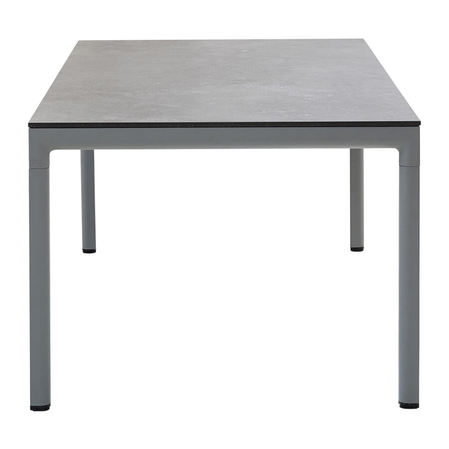 Drop matbord i ljusgrått med svart bordsskiva.