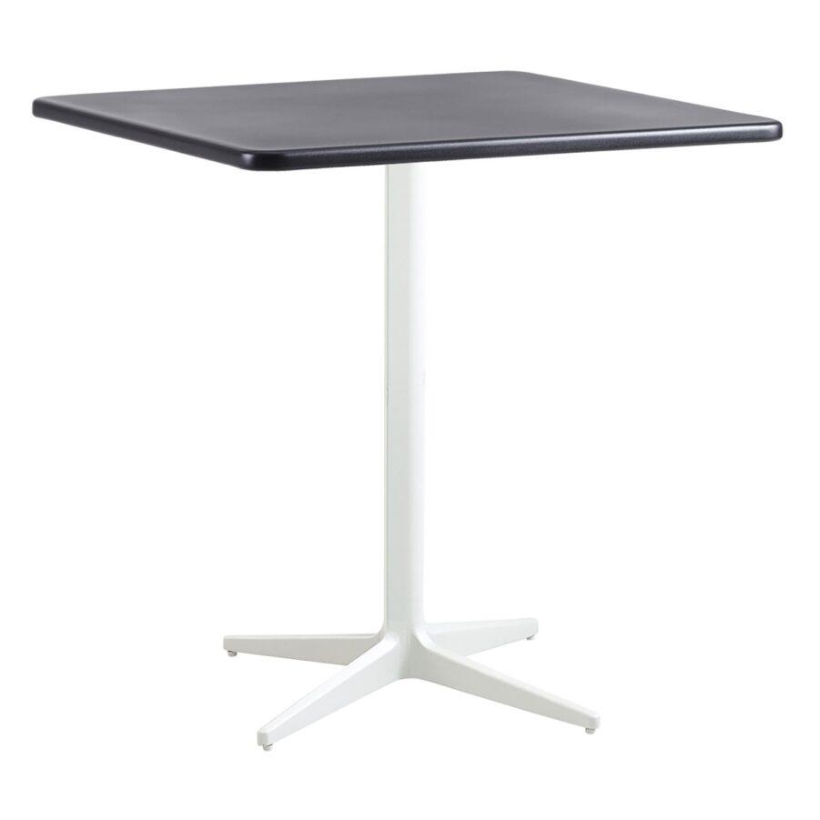 Drop kvadratiskt cafébord i aluminium i färgen vitt och lavagrått.