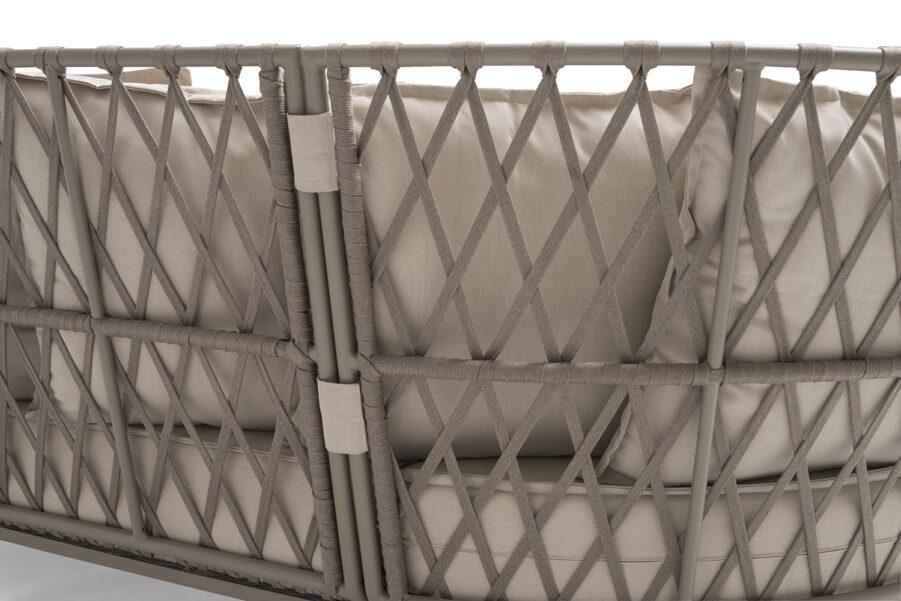 Detaljbild på Jet Set soffa i beige.