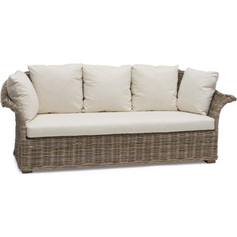 Edsklinta soffa i äkta rotting från varumärket Hillerstorp.