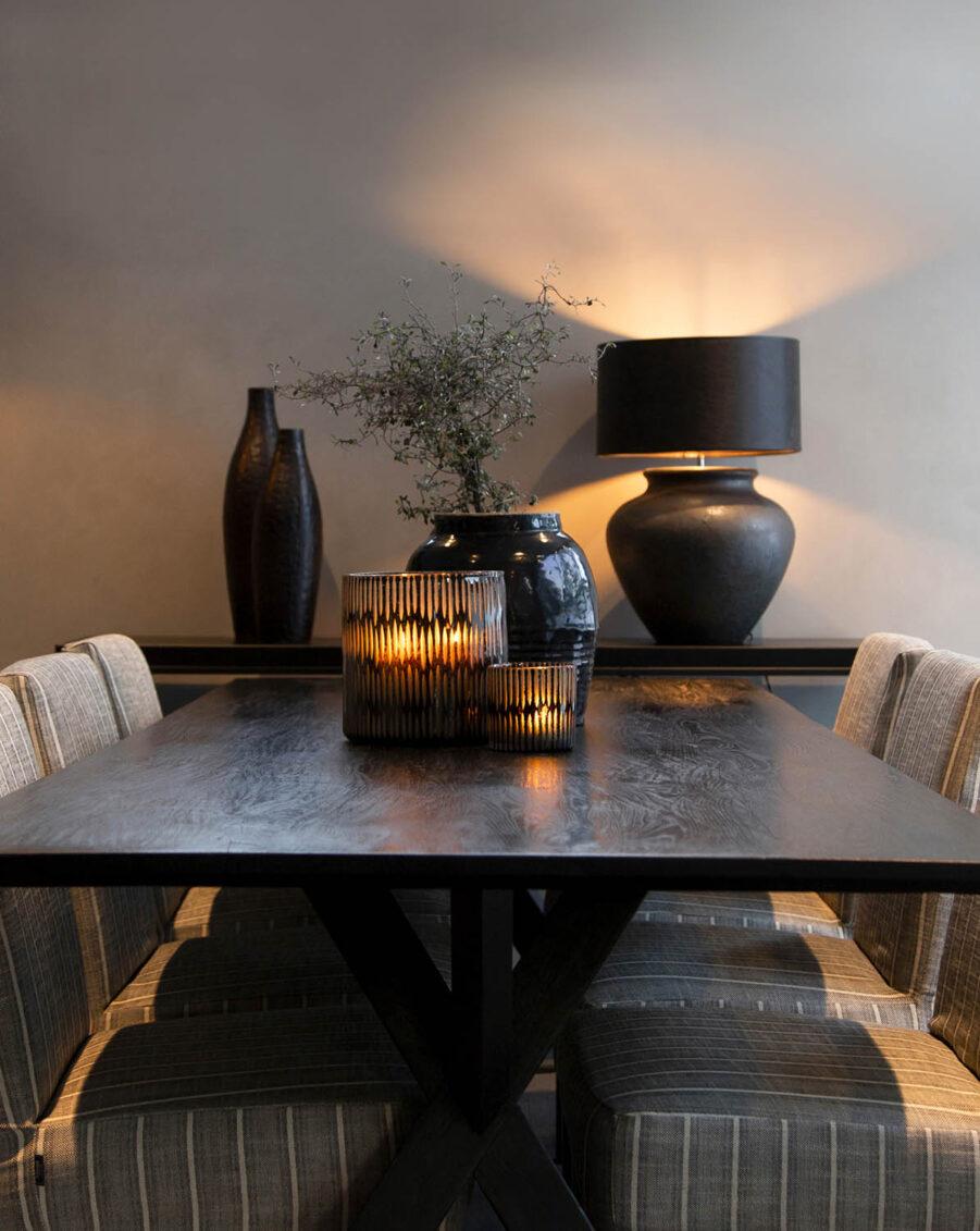 Miljöbild på Tree matbord med Boston matstolar, från Artwood.