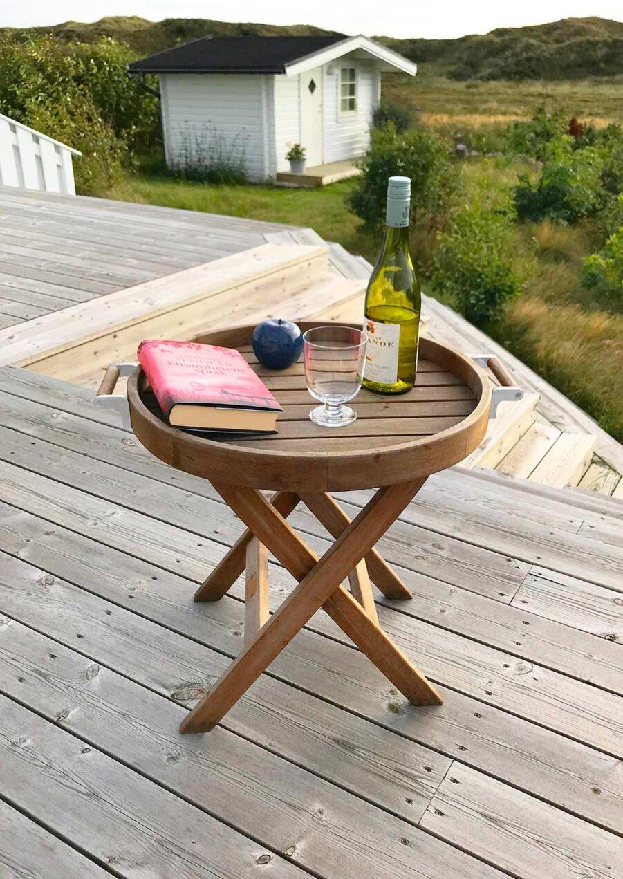 Brickbord i teak och rostfritt stål från In Out Form.