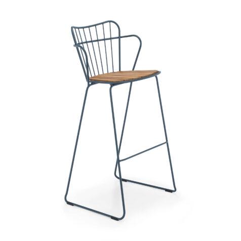 Paon barstol i stål i färgen midnattsblå.