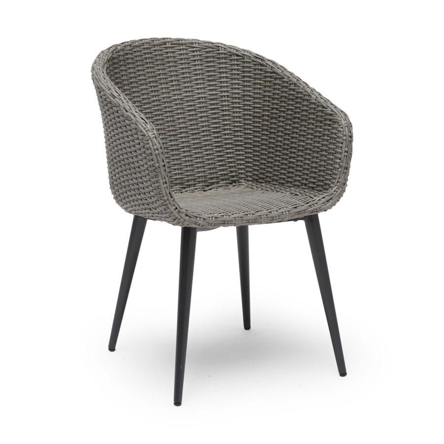 Valletta karmstol i konstrotting med aluminiumben från Hillerstorp.