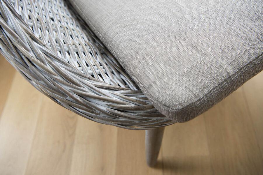 Detaljbild på stolen Leicester från hillerstorp.