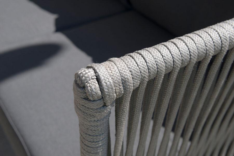 Detaljbild på Himmelsnäs fåtölj från varumärket Hillerstorp.
