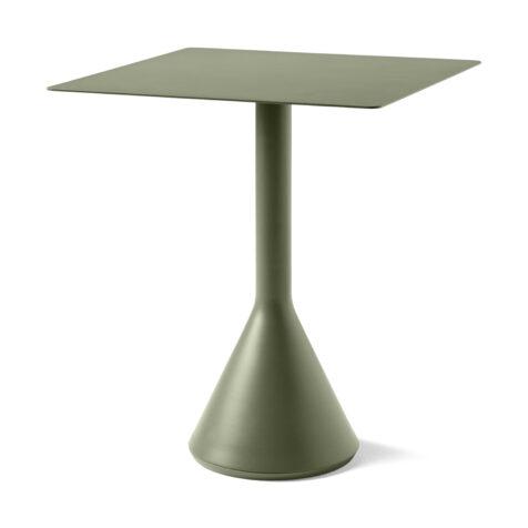 Olivgrönt cafébord i serien Palissade från Hay.