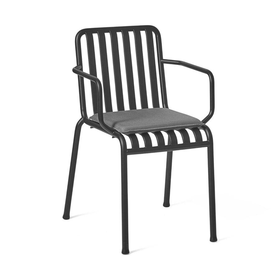 Palissade karmstol i antracitgrå pulverlackad stål med dyna i antracitgrå olefin.
