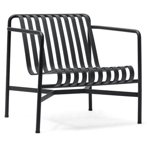 Palissade loungefåtölj med låg rygg i färgen antracitgrå.