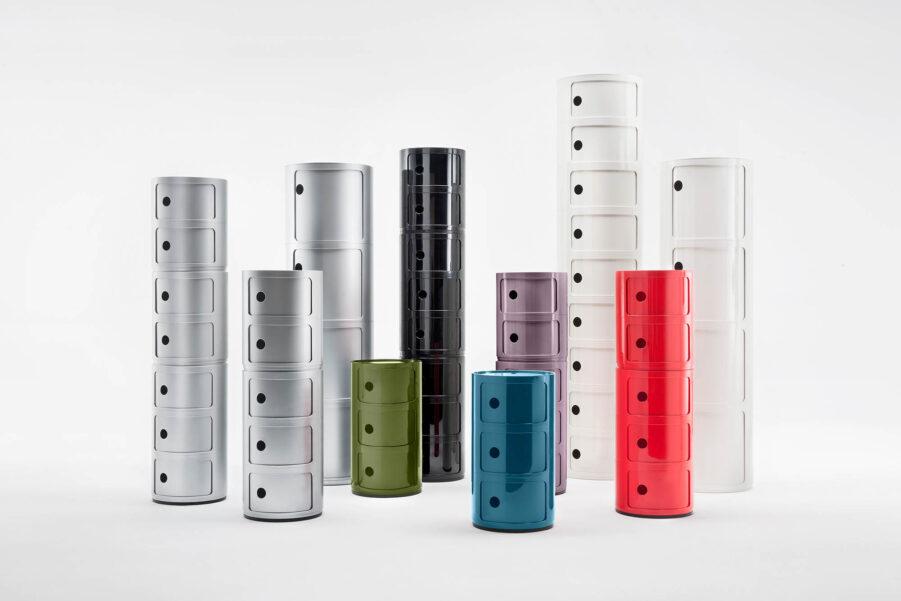 Bild på Componibili i olika färger och modeller, från Kartell.