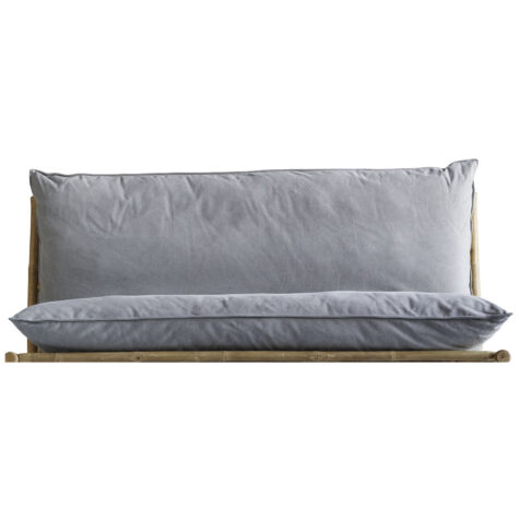 Dyna i ljusgrått till Tine Ks soffa Slow.