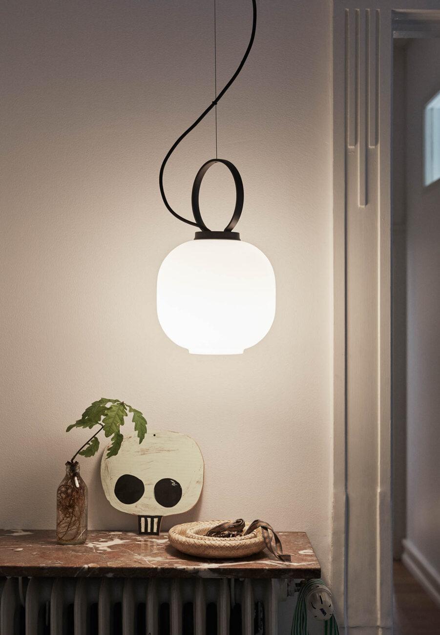 Miljöbild på lampan Terne från Skagerak.