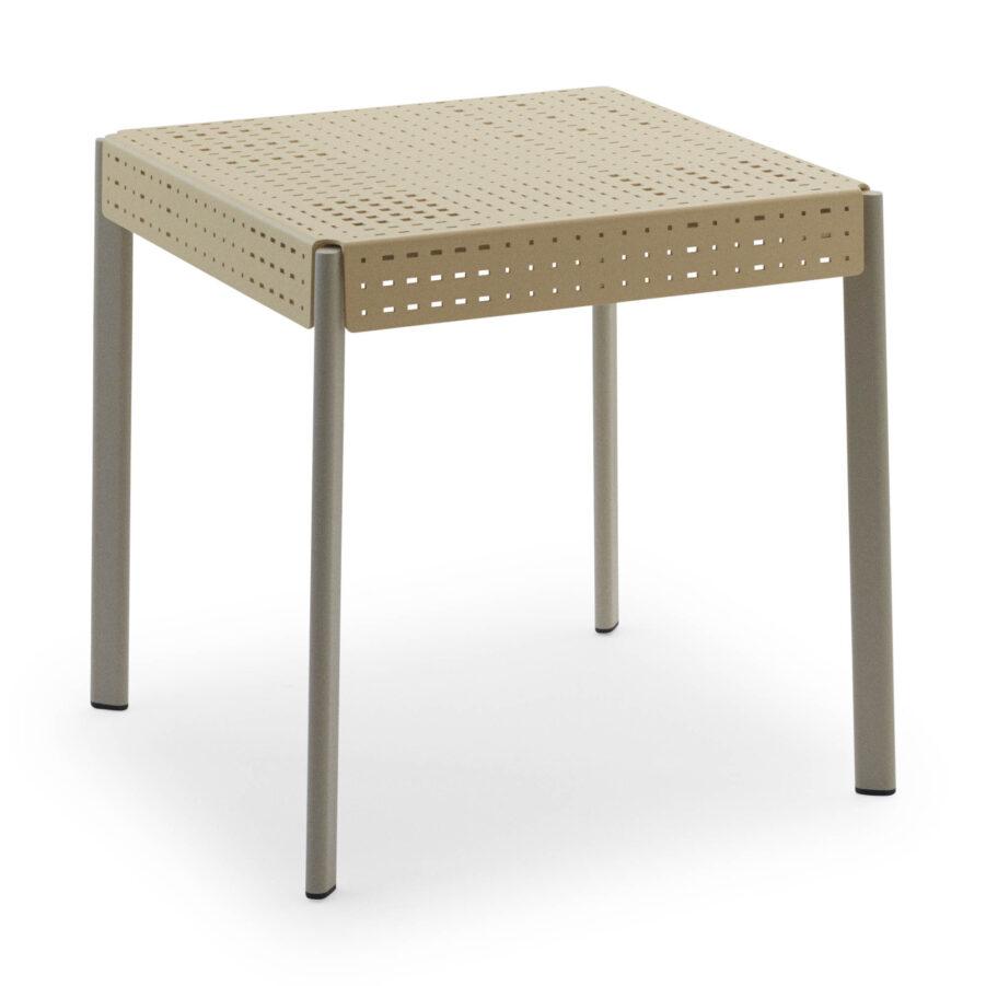 Gerda bord i storleken 75 cm i färgen ivory och pepple grey.
