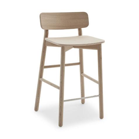 Hven barstol i naturlig ek från Skagerak.