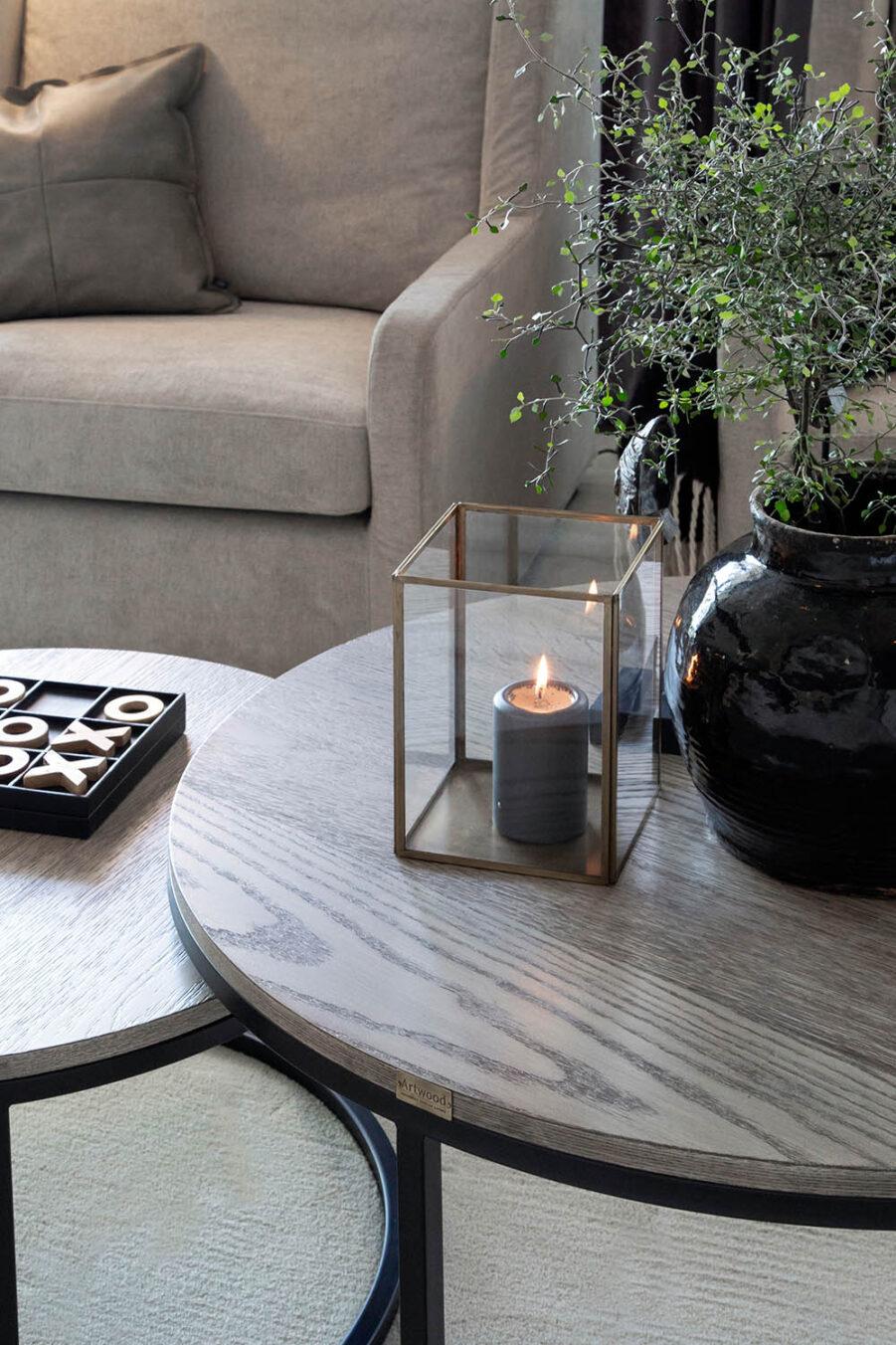 Miljöbild Mason soffbord, Lausanne lykta från artwood