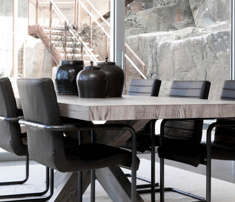 Miljöbild Hunter matbord, Sabina matstol från artwood