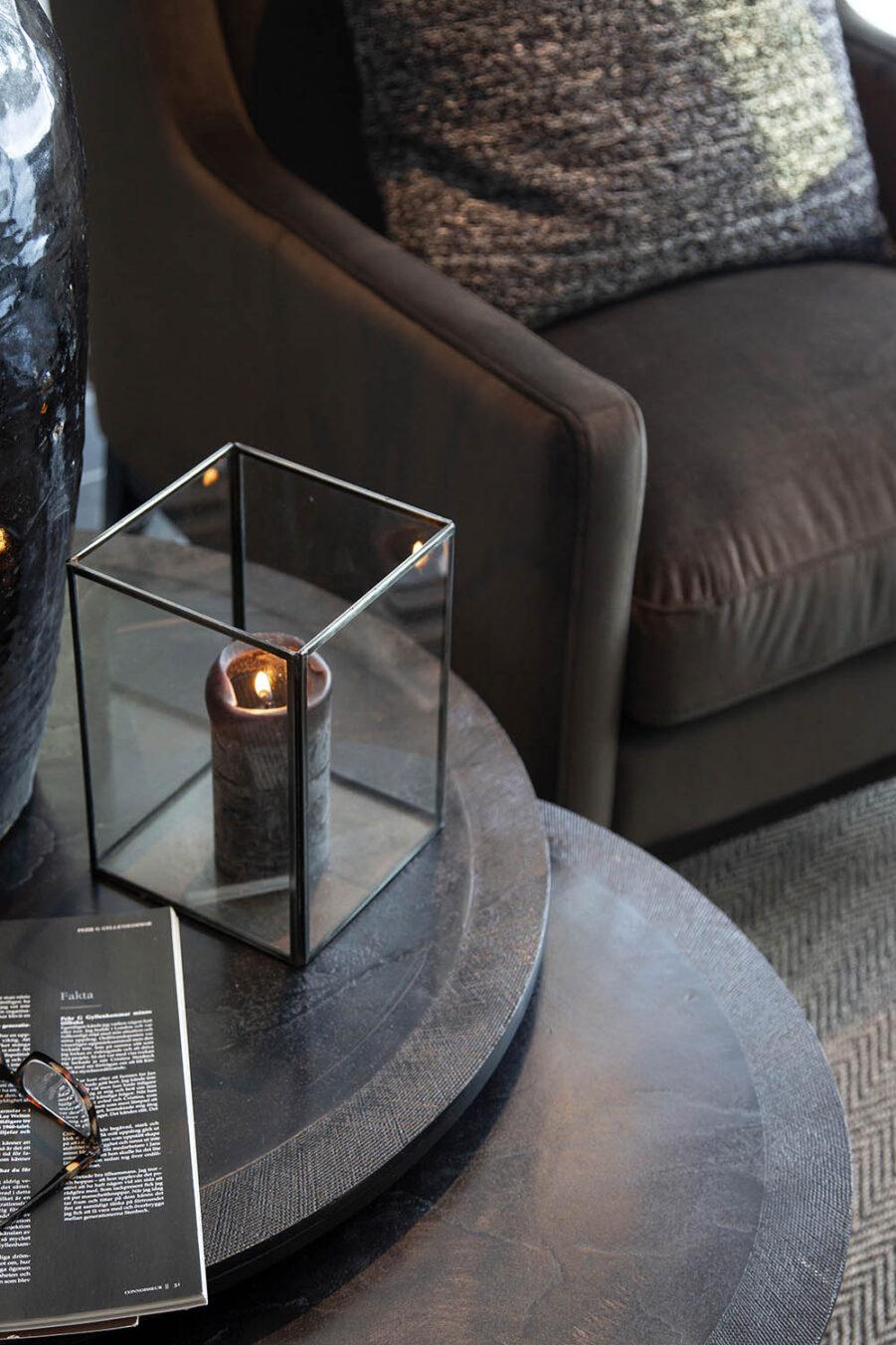 Miljöbild Amadeo soffbord, Lausanne lykta från artwood