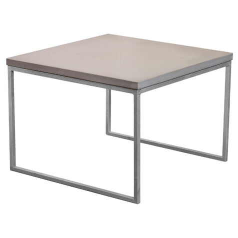 Mystic soffbord i storleken 60x60 cm med halvkubunderrede i galvat.