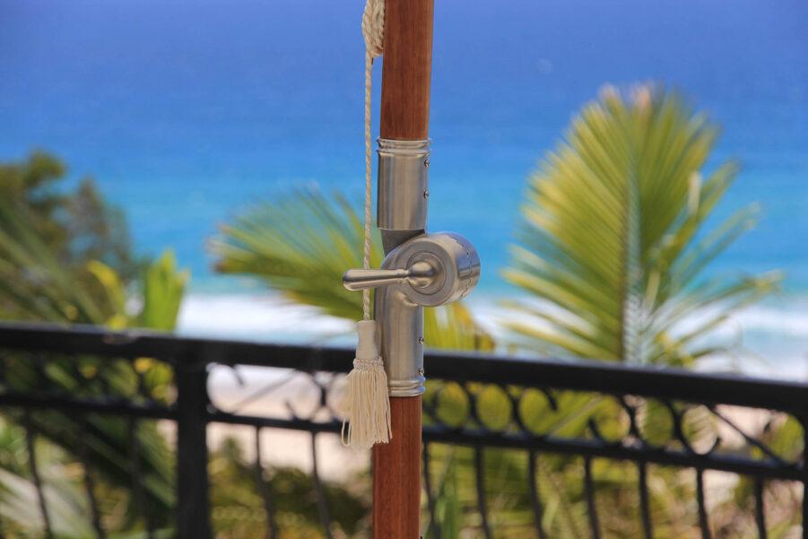 Detalj på Patio parasoll.