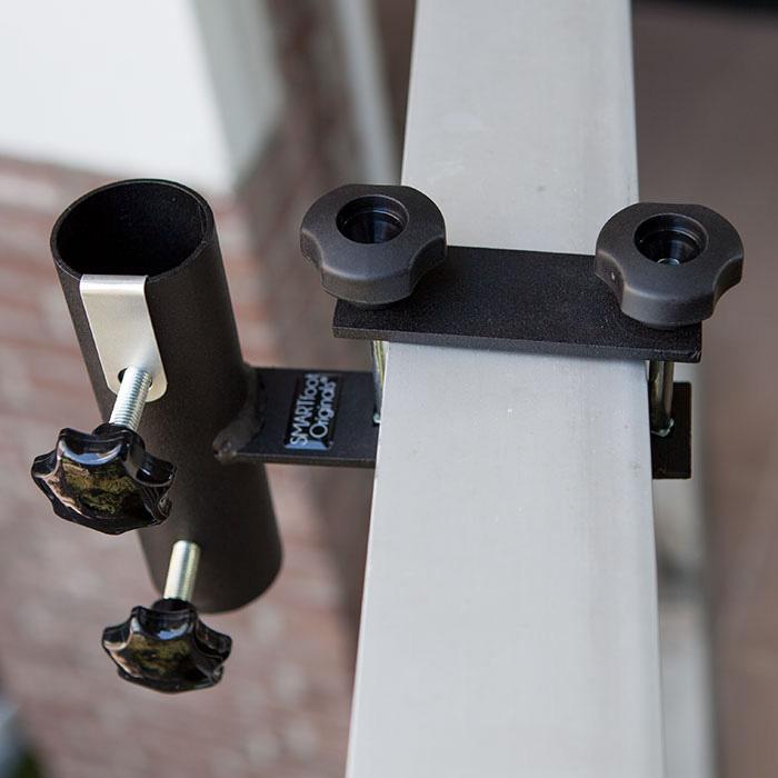 Horisontellt balkongfäste från Smartfoot.
