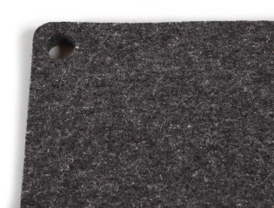 Woolhyttan 45 dyna i grafitgrå merinoull.
