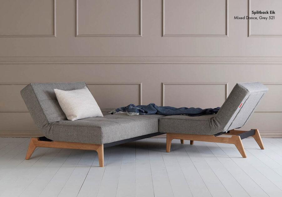 Miljöbild på Splitback Eik soffa och fåtölj.