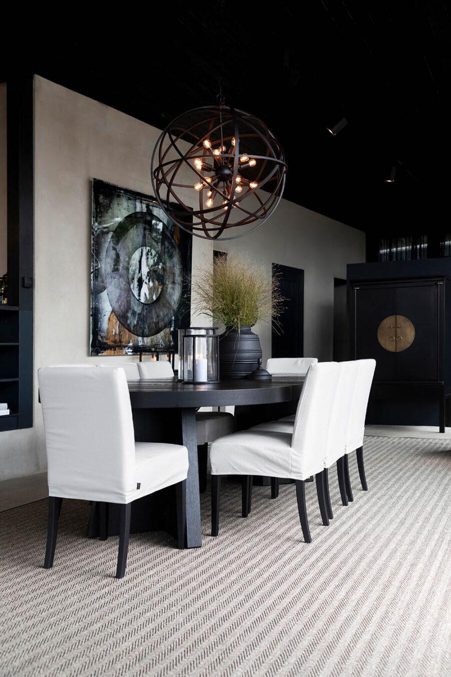 Trent förlängningsbart matbord 130-250x130 cm svart och Boston matstol