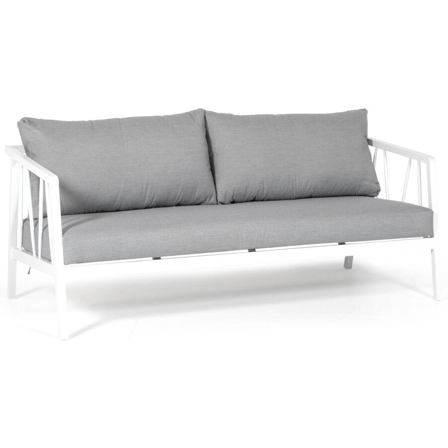 Samoa soffa i vitlackerad aluminium med ljusgråa dynor i olefintyg.