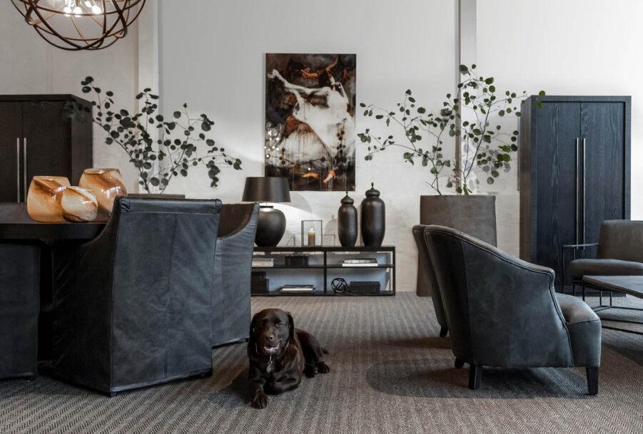 Artwood Avignon karmstol black leather