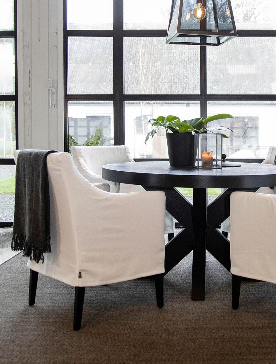 Artwood Avignon karmstol white linen