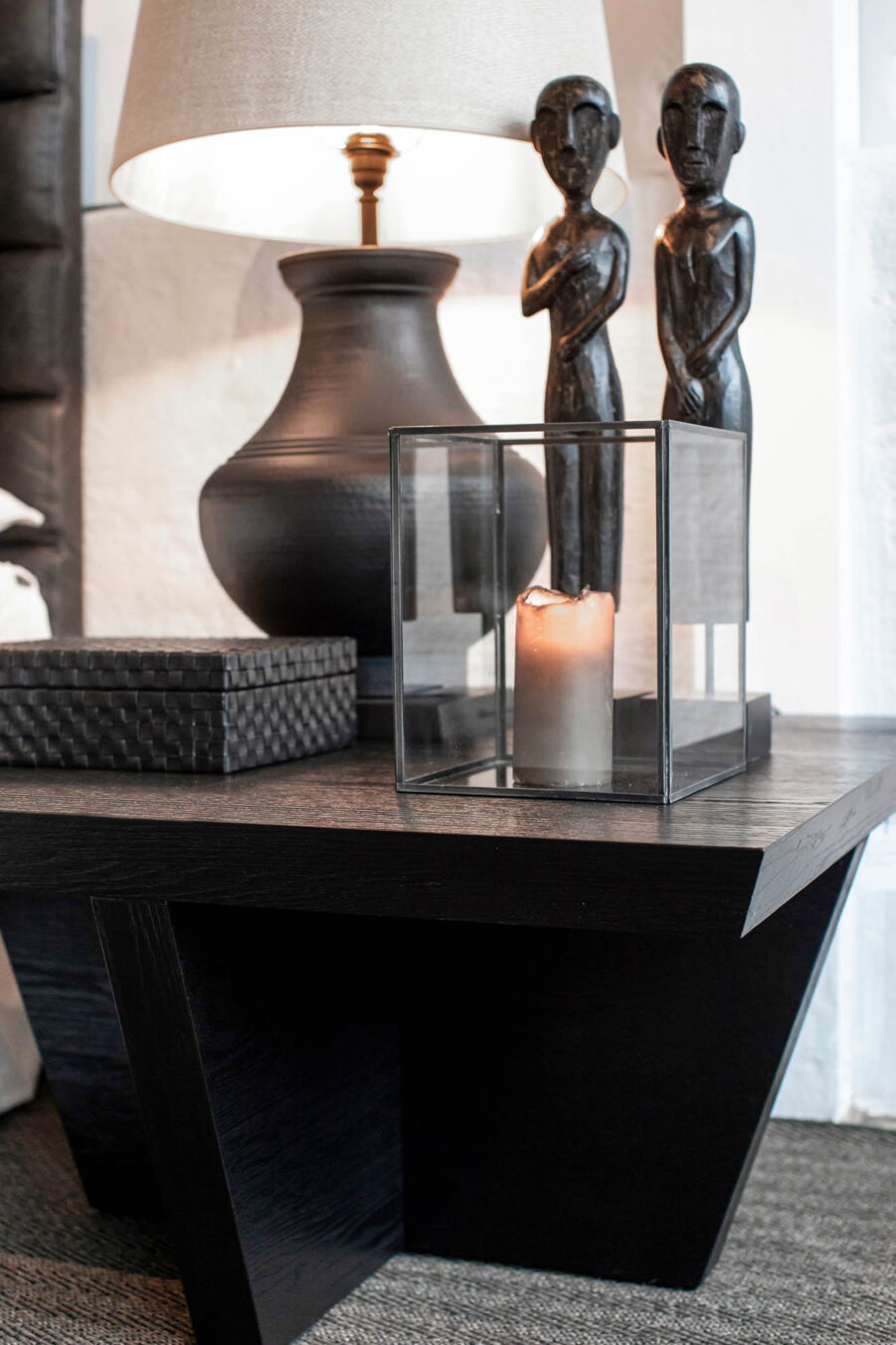 Artwood Bergamo bordslampa svart