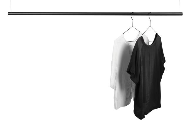 Klädstång i svart från Design Of.