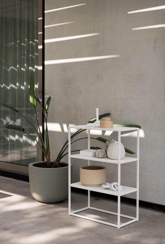 Design Of mini shelf i vitt.
