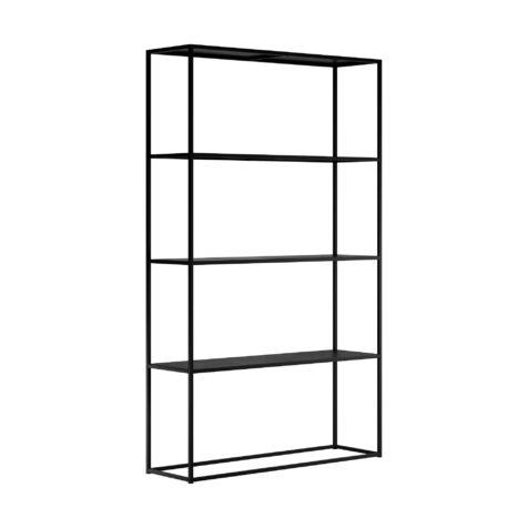 Design Of bokhylla i svart.