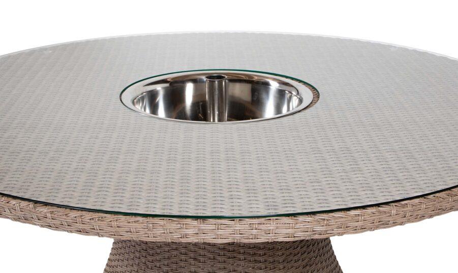 Hastings bord Ø150 cm i naturfärgad konstrotting.