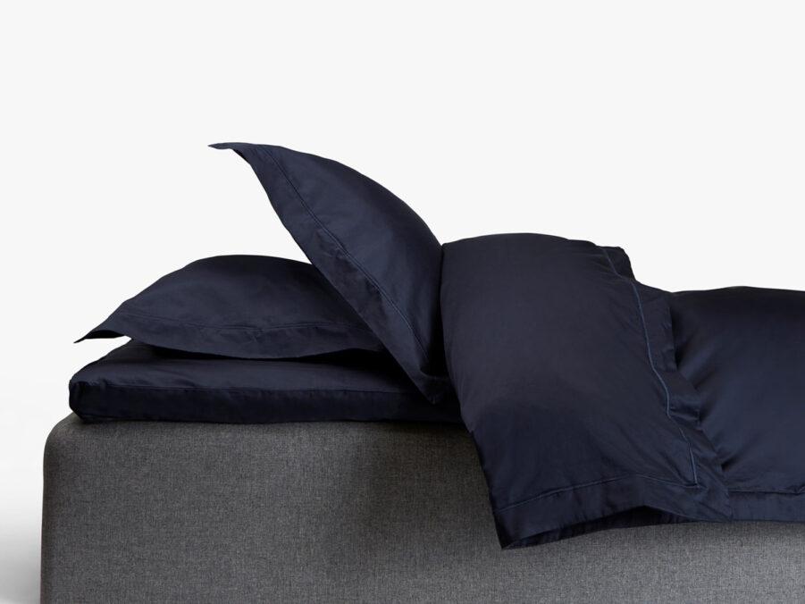 Havsbris bäddset för dubbelsäng, i mörkblått.