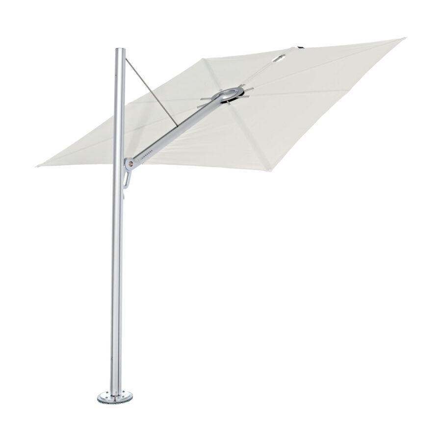 Spectra parasoll med rak stolpe och duk i färgen Canvas.