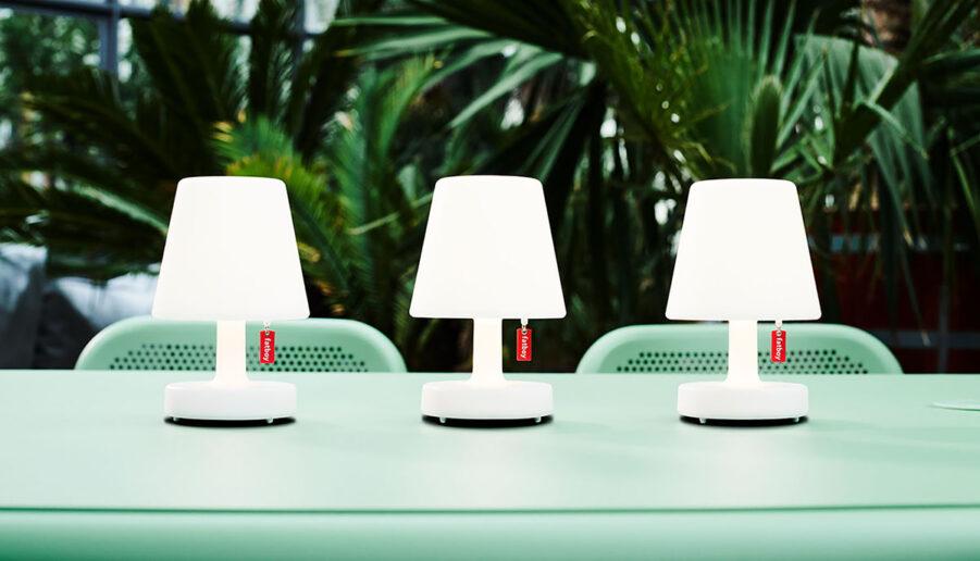 Edison mini lampor och bordet Toní från Fatboy.