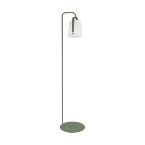 Balad lampfot med Balad lampa från Fermob.