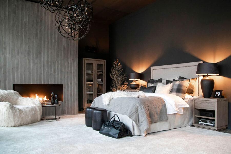 Miljöbild på sovrum med Artwoodmöbler.
