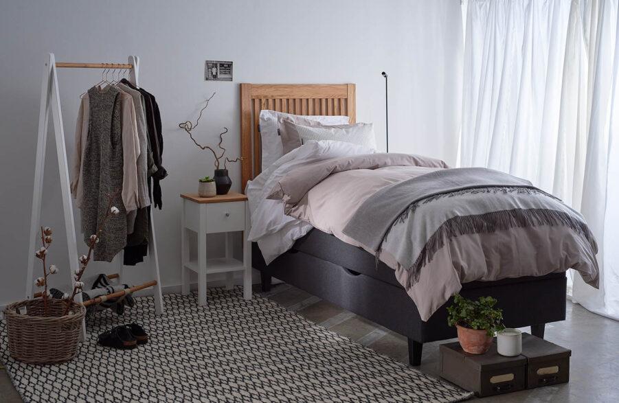 Miljöbild på Nova sänggavel.