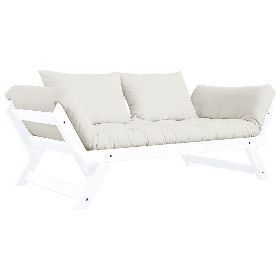 Bebop soffa i vitt med naturvita dynor.