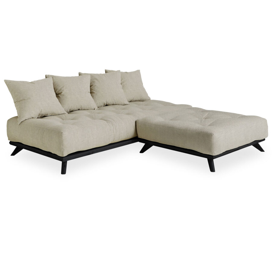 Senza soffa i svart med madrass och kuddar med linnetyg.
