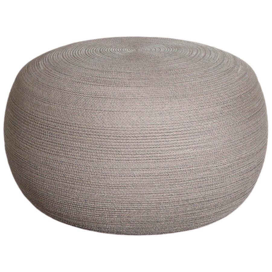 Circle sittpuff stor i färgen taupe.