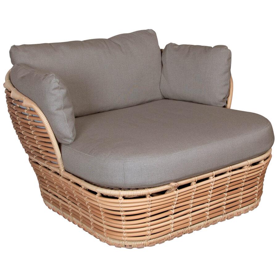 Basket loungefåtölj i natur med dyna i taupe.