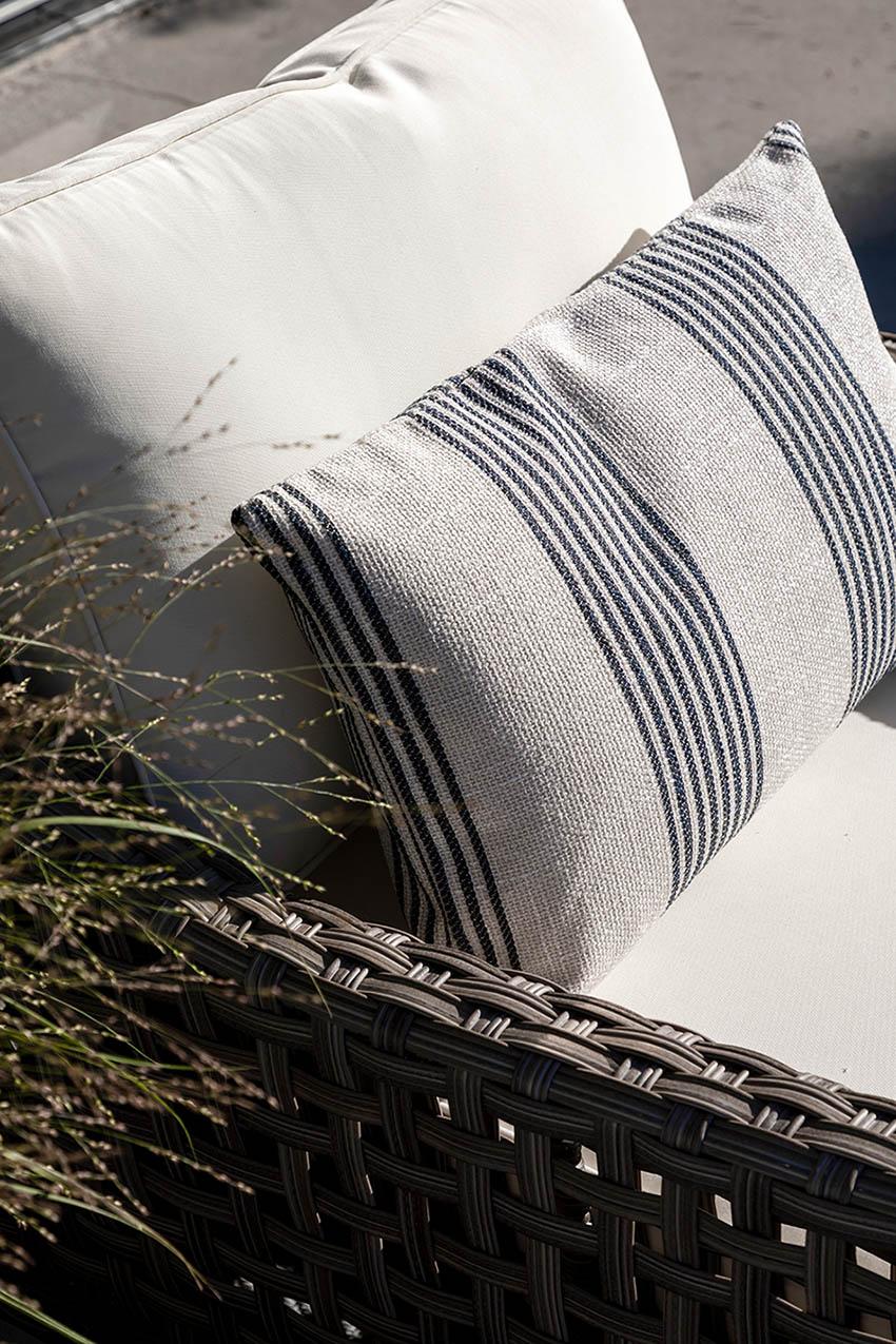 Artwood Waldron stripe kuddfodral offwhite
