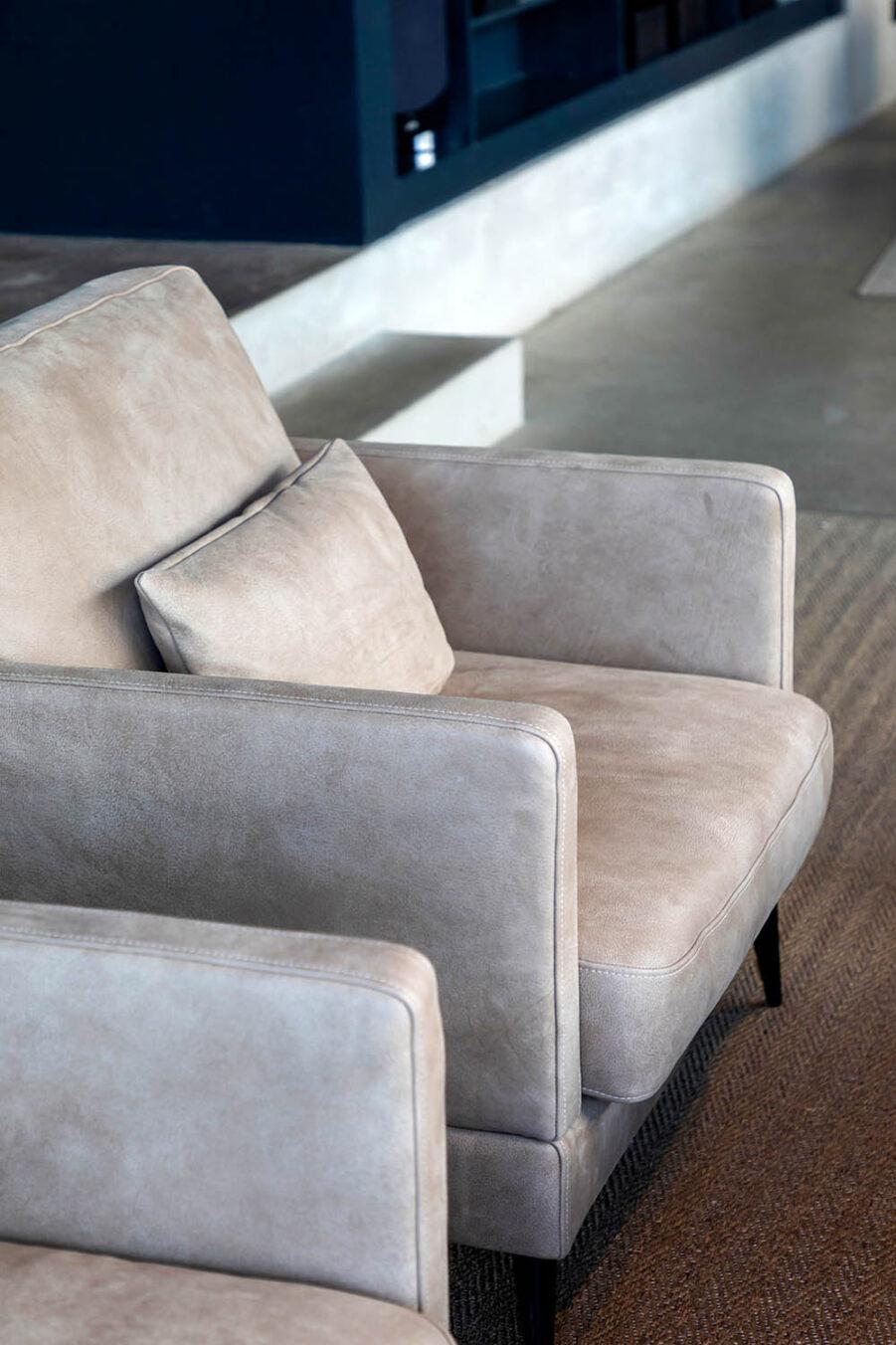 Artwood Artwood Andorra fåtölj nubuck taupe leather
