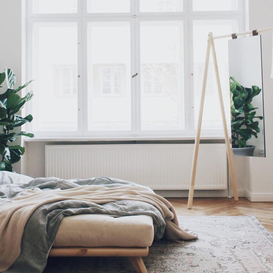 Miljöbild på Senza säng från Karup.