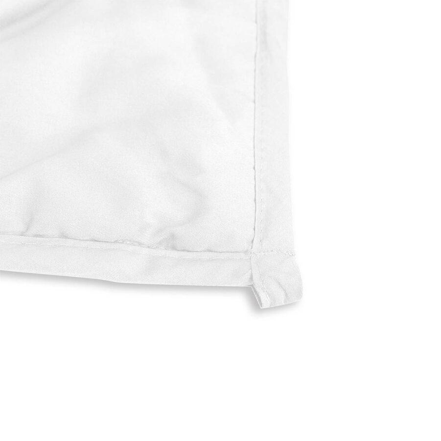Beckasin tyngdtäcke i vit bomullssatin.