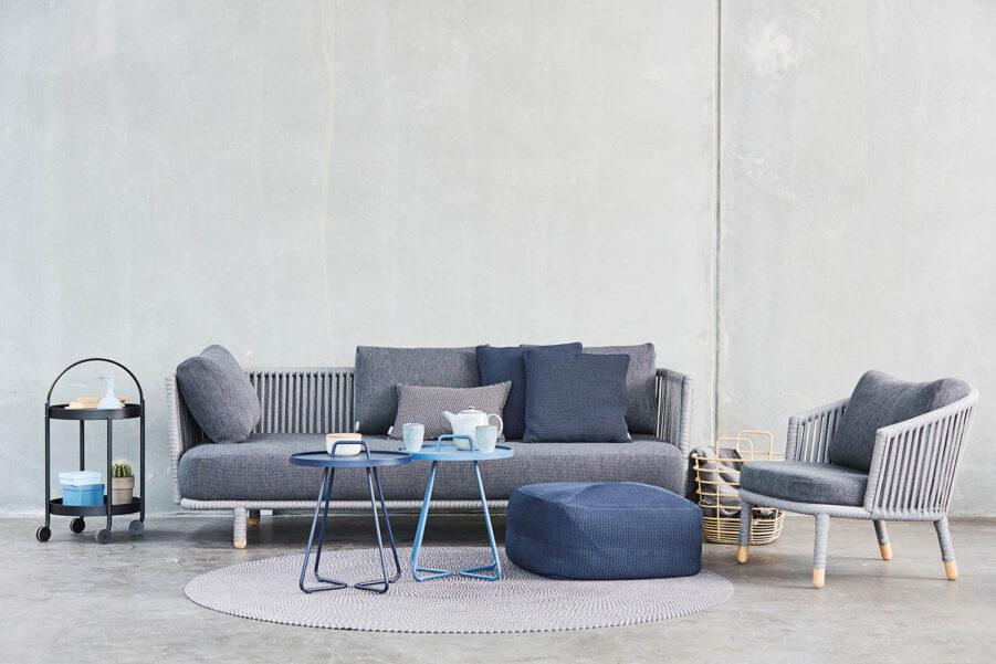 Miljöbild på Moments Indoor soffa från Cane-Line.